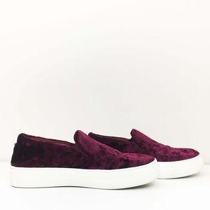 Steve Madden Gema Velvet Slip On Sneakers